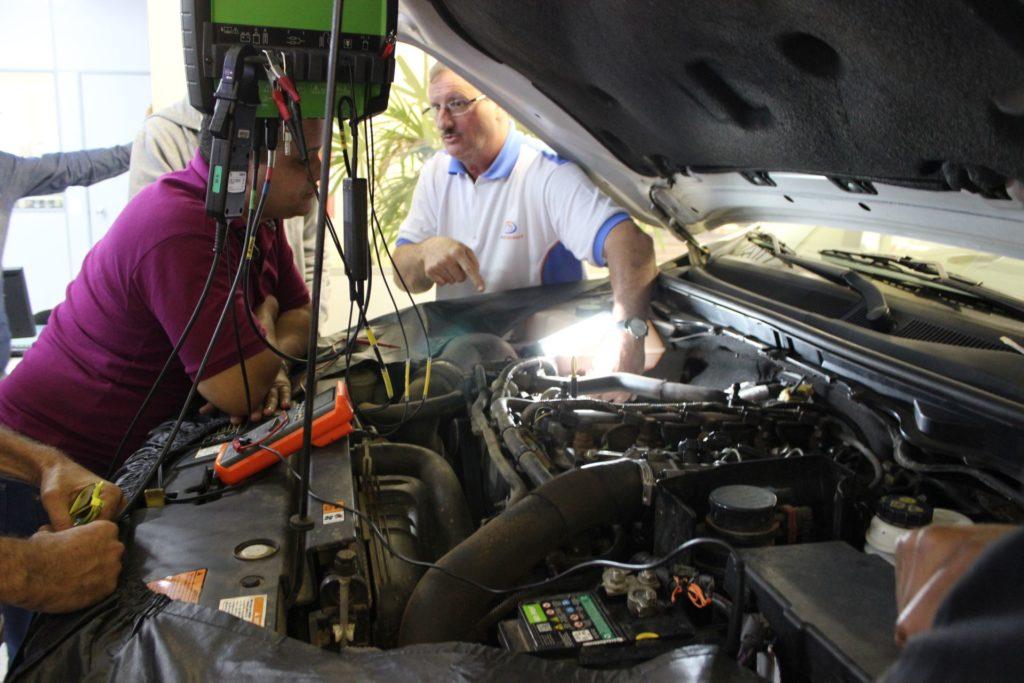 testes praticos ao vivo no veículo